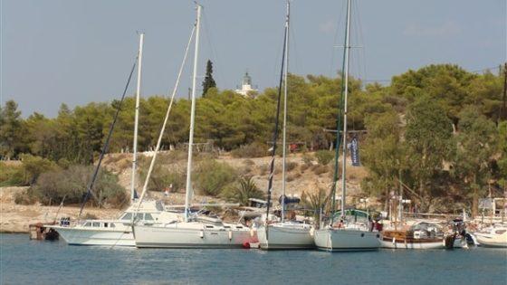 Jachty w marinie