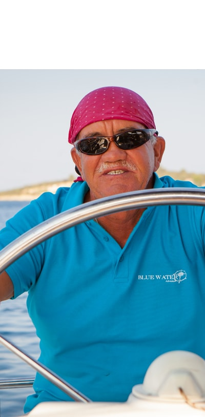 Wiesiek Bartosiewicz skipper na resach morskich