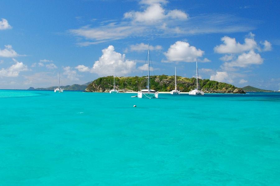 Tobago Cays - rejsy katamaranem po Karaibach
