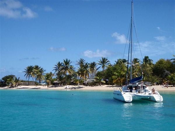 Rejs katamarenem po Karaibach - wyspa Mayreau